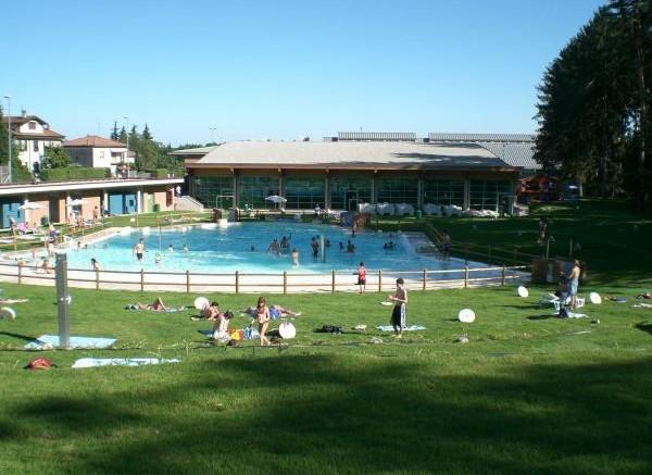 piscina ecco gli scenari futuri villa guardia viva